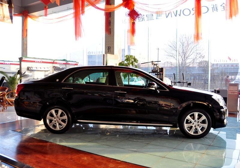 一汽丰田 皇冠 2010款 v6 3.0 royal saloon