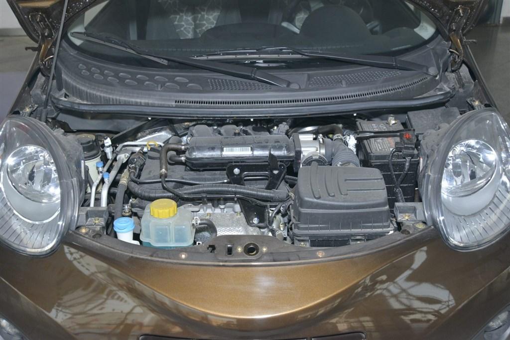 奇瑞qq发动机图片